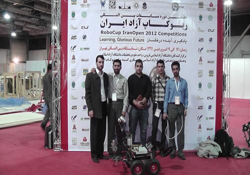 درخشش تیم رباتیک  دانشگاه ولی عصر (عج) در مسابقات بین المللی ربوکاپ آزاد ایران
