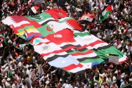 لوموند: بهار عربی بی معناست این انقلاب ها بهار اسلامگرایی است