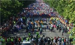 76 اسپانیایی در زد و خورد پلیس با معترضان مجروح شدند + عکس