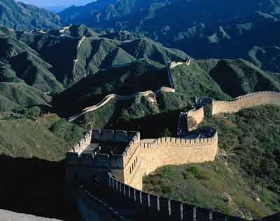 بخشی از دیوار بزرگ چین فرو ریخت+عکس