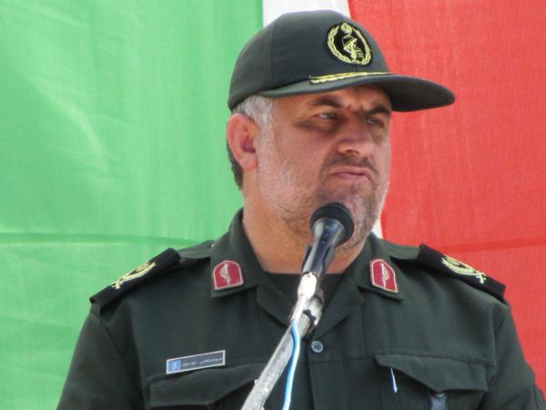 تا زمانی که دشمن چشم طمع به انقلاب اسلامی داشته باشد دفاع باقیست