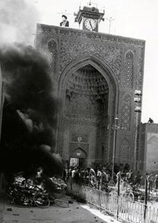 همگام با حادثه به آتش کشیدن مسجد جامع کرمان