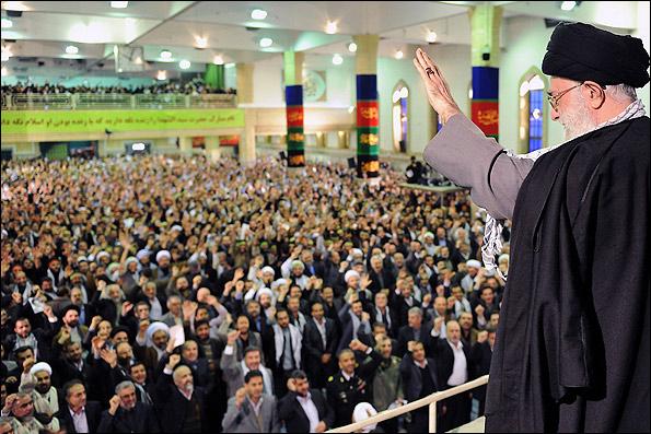چرا کرمانی ها به بیت رهبری نمی روند؟