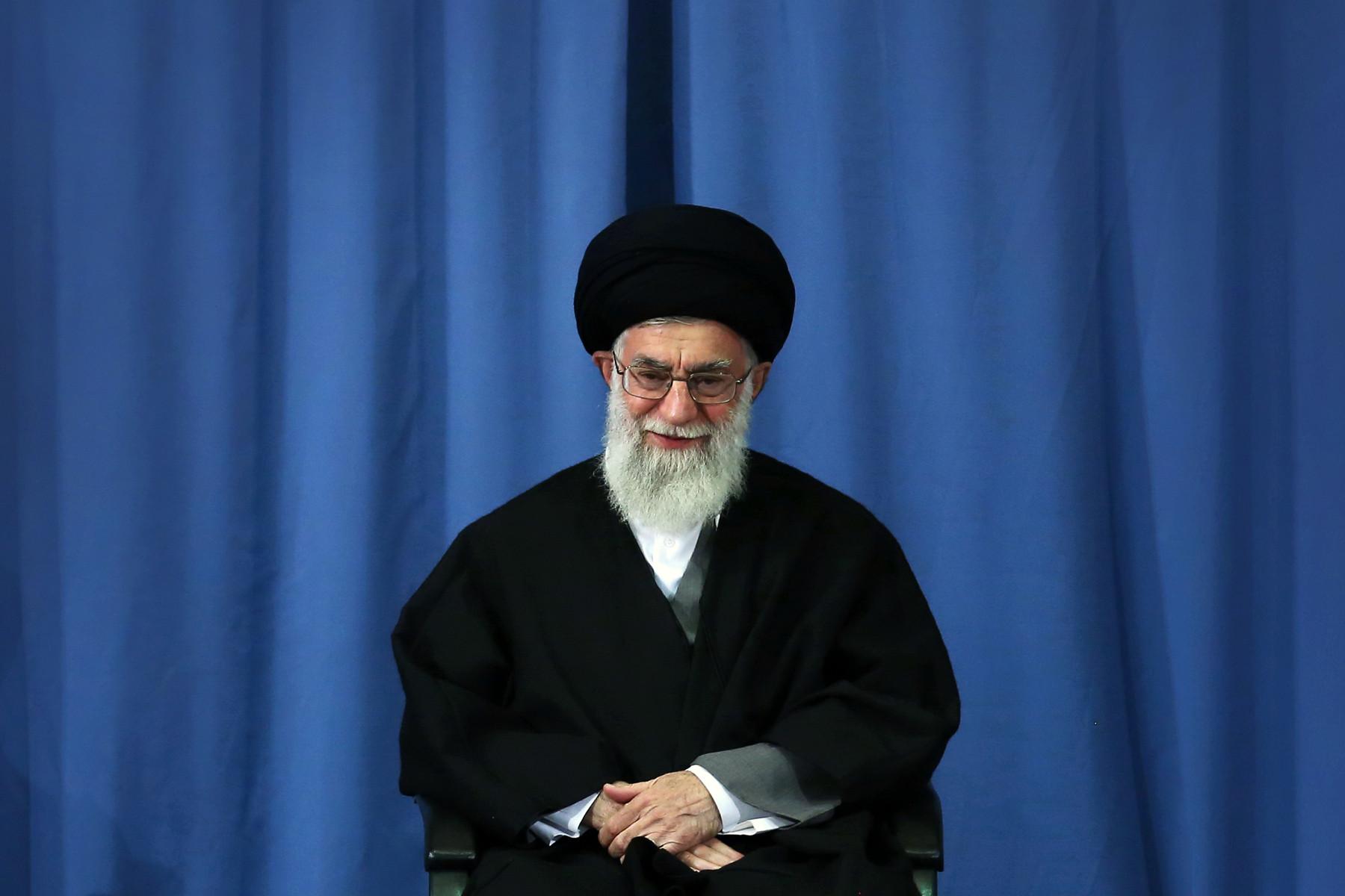 راه مقابله با استکباراتحاد مسلمانان است