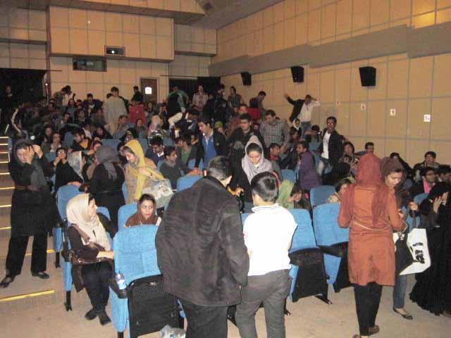 رکورد فروش بلیت در سینما امین شکسته شد + عکس