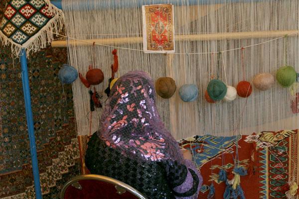 مشاغل خانگی در رفسنجان جایگاه مشخصی ندارد