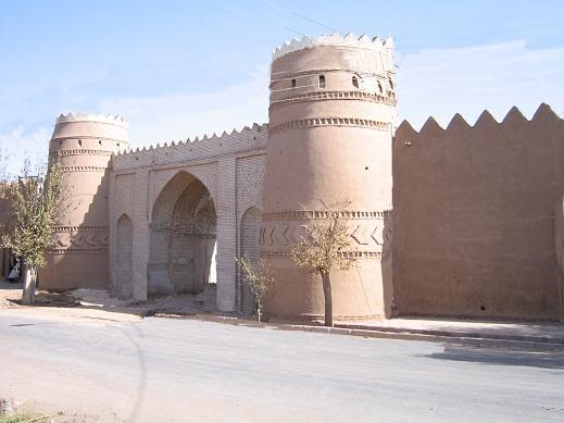 رفسنجان همچنان میزبان مسافران و گردشگران نوروزی