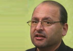 توضیحات نماینده ی اردستان در رابطه با گفتگویش با صدای آمریکا