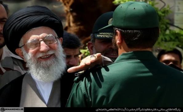 گزارش تصویری: رهبر انقلاب در مراسم دانش آموختگی دانشجویان دانشگاه امام حسین(ع)