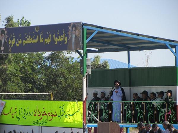 توصیه شهدا به تقوا، اسلام و اطاعت از امام و ولایت را بود نه مکتب ایرانی
