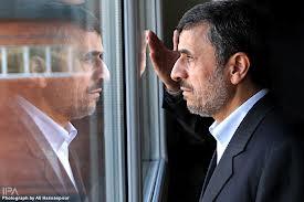 اگر احمدینژاد برگردد خودم را میکشم!