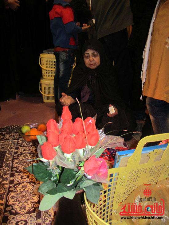 مراسم تحویل سال نو در جوار قبور شهدا رفسنجان (4)