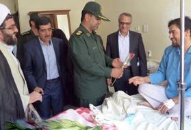 عیادت از بیمارا ن بیمارستان علی ابن ابیطالب (ع) رفسنجان در پنجمین روز از هفته سلامت + عکس