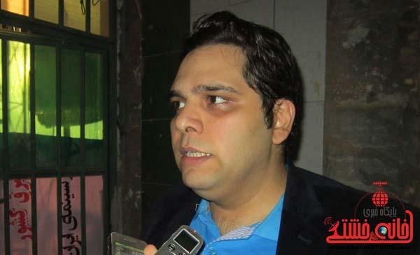 خواننده های بیگانه جایگاهی در ایران ندارند/در اجراها تلاش می کنیم ماهواره را سرکوب کنیم
