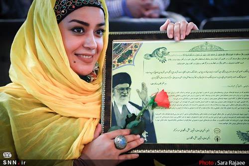 به رهبر انقلاب میخواهم بگویم:آقا سایهتان بر سر ما مستدام و روز پدر بر شما مبارک باد
