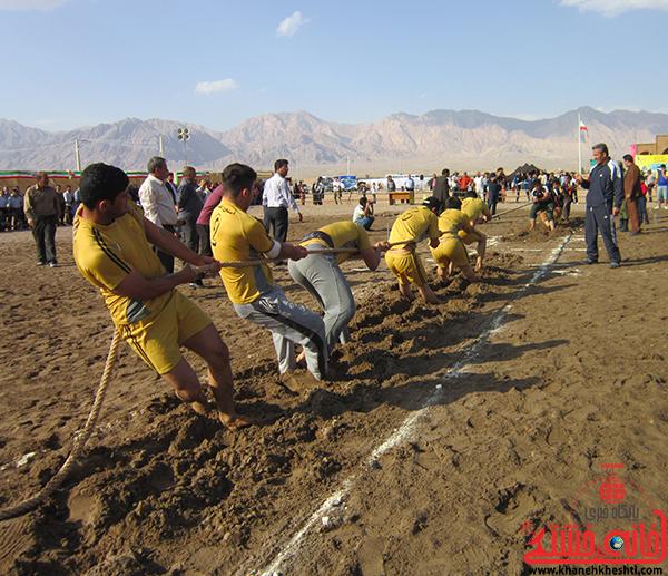 مسابقات طناب کشی آقایان برگزار می شود