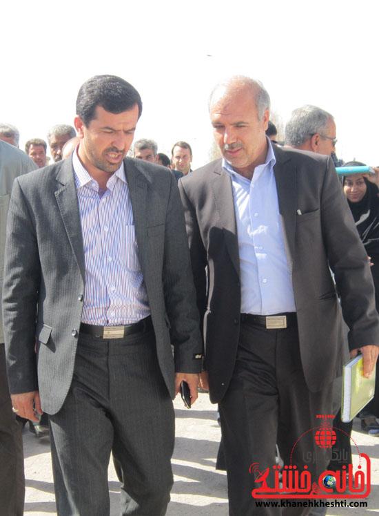 بازدید فرماندار رفسنجان از دهستان رضوان77
