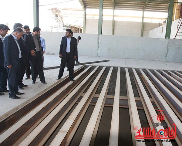 بازدید فرماندار رفسنجان از کارخانه آرد توکل11