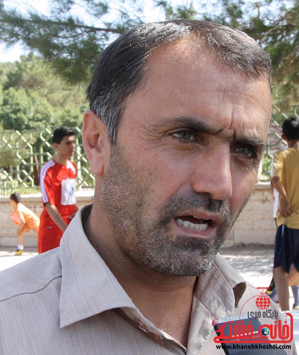 برگزاری مسابقات دو و میدانی به مناسبت هفته تربیت بدنی در رفسنجان