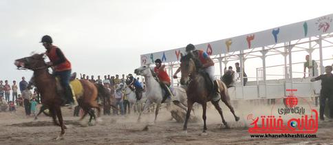 برگزاری مسابقات کورس سوارکاری در رفسنجان + عکس