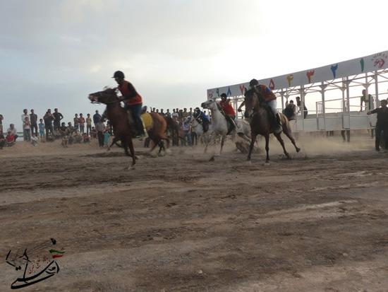 برگزاری مسابقات کورس سوارکاری بهاره ۹۳ در رفسنجان (4)