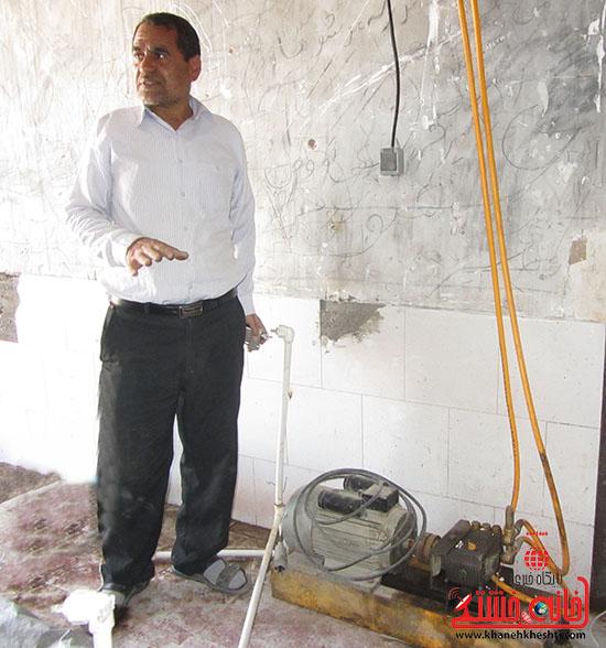 کارآفرین رفسنجانی-یاری-خانه خشتی مدرسه متروکه.jpg (4)