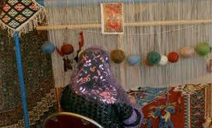 بیمه و دستمزد کم مهمترین مشکل قالیبافان روستای درهدر رفسنجان