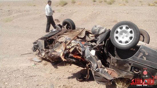 واژگونی پژو در محور انار-رفسنجان یک نفر را به کام مرگ برد+تصاویر
