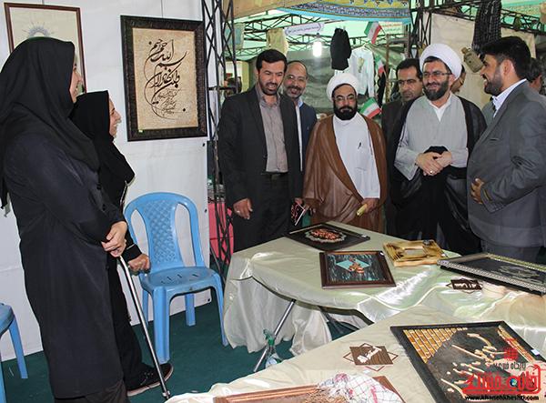 بازدید مسئولین از نمایشگاه بزرگ قرآن در رفسنجان