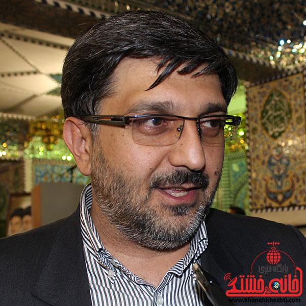 برنامه های قرآنی در سطح استان هماهنگ می شود/ آیین نامه بیمه هنرمندان و خبرنگاران در حال بازنگری است