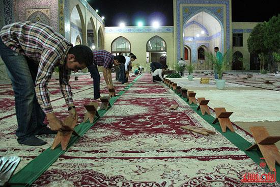 دوربین خانه خشتی در پشت صحنه پخش زنده ی آئین جمع خوانی قران کریم در رفسنجان