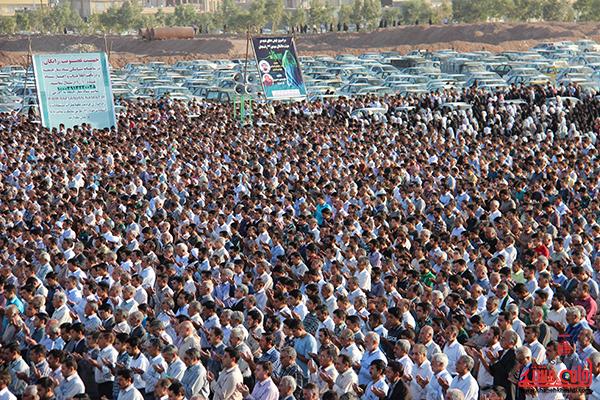 17نماز عید فطر در مصلا امام خامنه ای رفسنجان