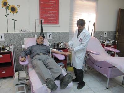 اولین اهدای پلاکت به روش آفرزیس با نصب و راه اندازی دستگاه پلاکت فرزیس در مرکز انتقال خون رفسنجان