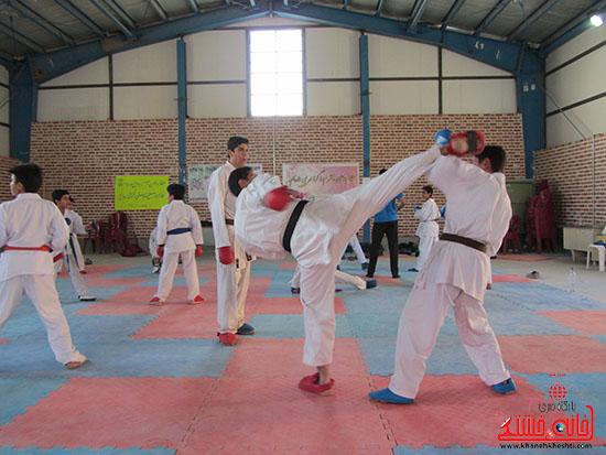 آماده سازی کاراته کاران نوجوان رفسنجانی برای حضور در مسابقات کشوری (4)