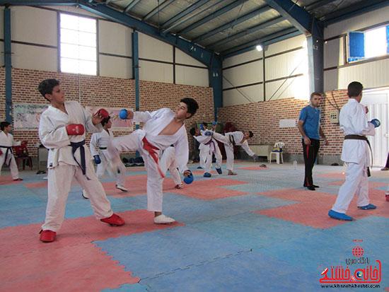 آماده سازی کاراته کاران نوجوان رفسنجانی برای حضور در مسابقات کشوری (5)