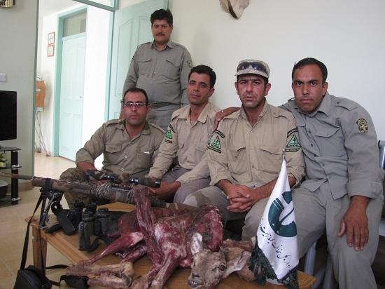 دستگیری یک شکارچی غیرمجاز در منطقه قرق منصورآباد رفسنجان