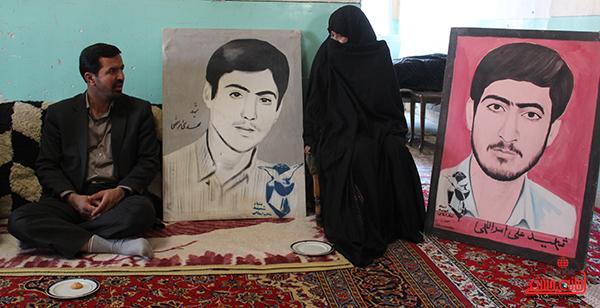 بازدید معاون استاندار از خانواده دو شهید امراللهی روستای لاهیجان