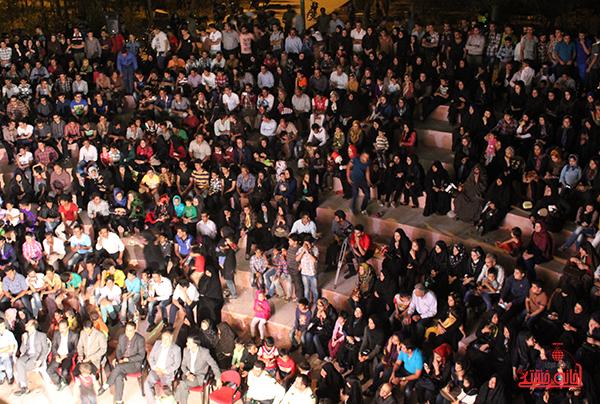 دوربین خانه خشتی در جشن آرامش و امید رفسنجان