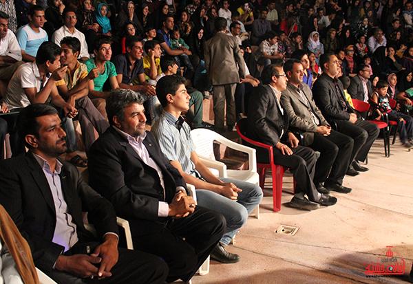 جشن آرامش و امید در رفسنجان13