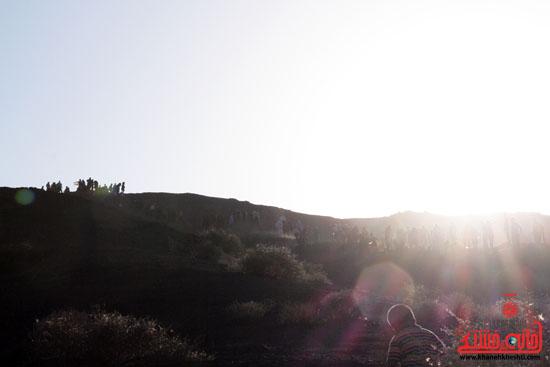 همایش بزرگ کوهپیمایی خانوادگی در رفسنجان-روز خبرنگار-شهید خبرنگار (12)