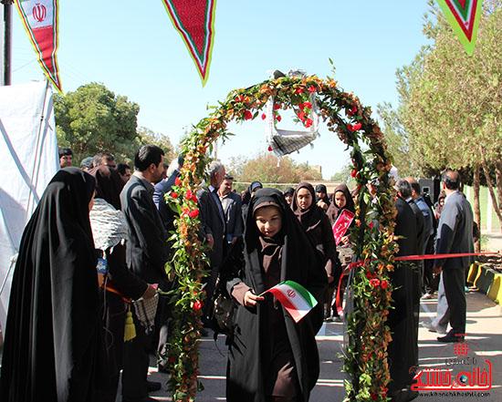 زنگ مهر در مدارس رفسنجان-خانه خشتی (8)