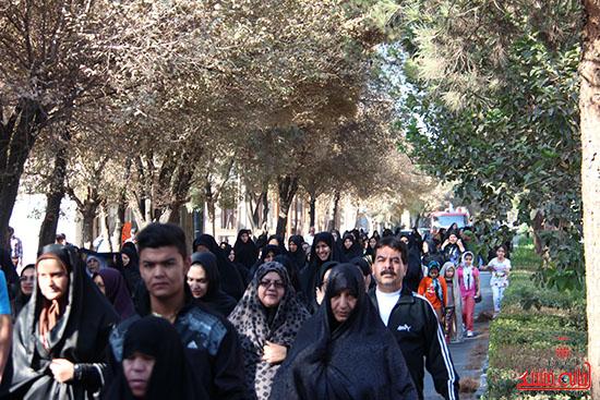همایش پیاده روی رفسنجان-دفاع مقدس-خانه خشتی (4)