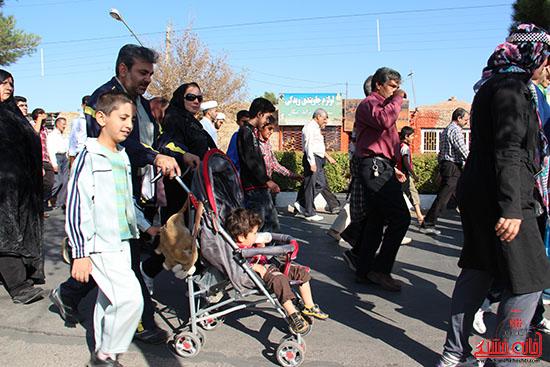همایش پیاده روی رفسنجان-دفاع مقدس-خانه خشتی (9)