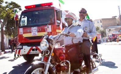 مانور خودرویی یگان آتش نشانی در رفسنجان برگزار شد