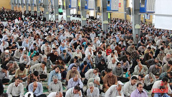 دعای روز عرفه در مصلای امام خامنه ای رفسنجان8