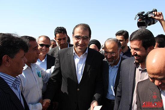 سفروزیر بهداشت به رفسنجان-خانه خشتی (4)