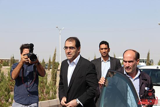 وزیر بهداشت وارد رفسنجان شد +تصاویر