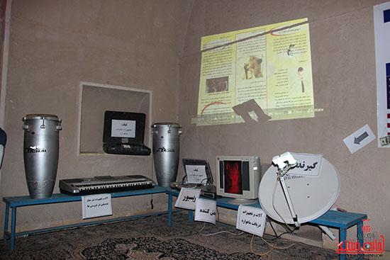 نمایشگاه آسیب های اجتماعی-رفسنجان-خانه خشتی (9)