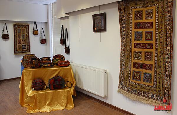 نمایشگاه محصولات گلیمی در رفسنجان2
