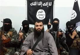 افراشتن پرچم داعش در صحرای عرفات